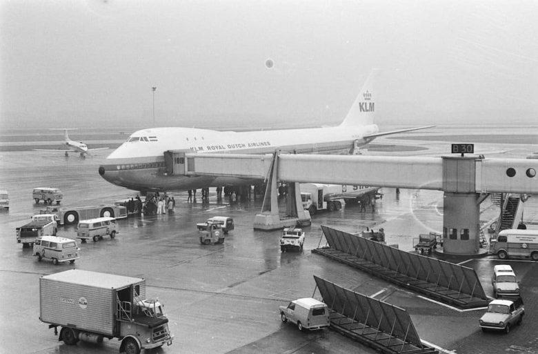 История главного аэропорта Голландии