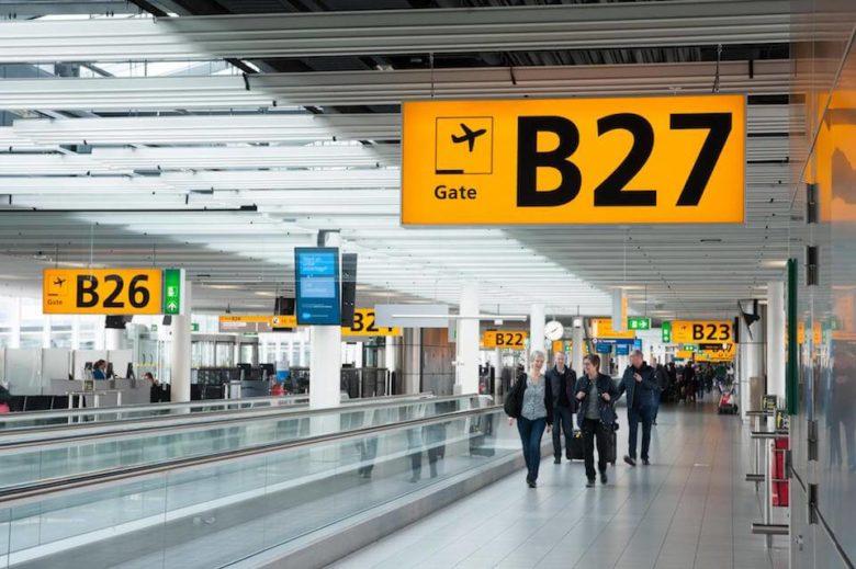 Аэропорт Амстердама Схипхол выход к гейтам