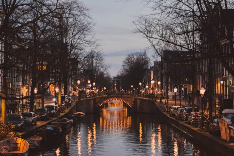 Амстердам в марте: погода, как одеваться