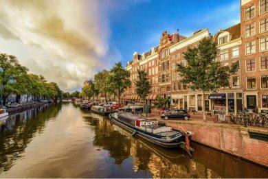 Стоит ли ехать в Амстердам весной