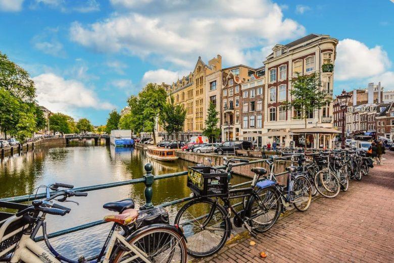 Прокат велосипедов в Амстердаме