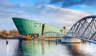 Научный музей Nemo в Амстердаме