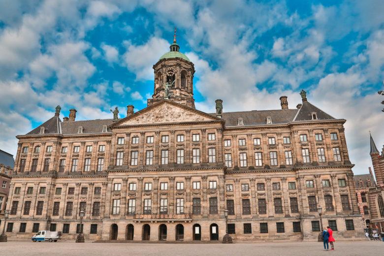 Королевский дворец в Амстердаме: полезная информация